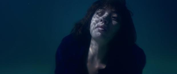 Tiến Luật đầy ám ảnh, Thu Trang bị dìm xuống nước để thủ tiêu trong Chí Phèo Ngoại truyện - Ảnh 5.