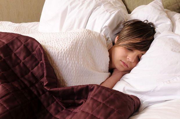 Cứ ngủ muộn sau 11 giờ đêm rồi bạn sẽ nhận phải các hậu quả tiêu cực - Ảnh 3.