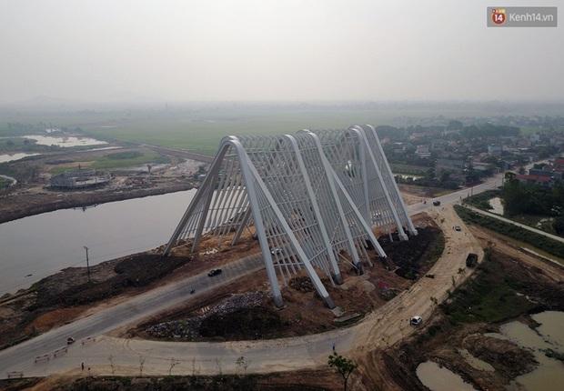 Clip: Cổng chào hoành tráng gần 200 tỷ đồng của tỉnh Quảng Ninh nhìn từ trên cao - Ảnh 4.