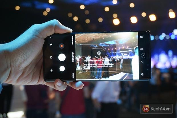 Trên tay Samsung Galaxy Note8 vừa ra mắt tại Việt Nam: Thiết kế rất ấn tượng, giá 22,5 triệu đồng! - Ảnh 11.