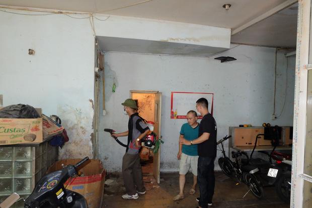 3 bệnh nhân tử vong do sốt xuất huyết, người dân và sinh viên ở Hà Nội cuống cuồng lo chống dịch - Ảnh 3.