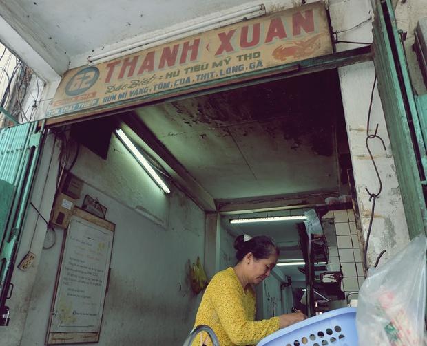 Thanh xuân của đời người trôi qua chớp mắt, nhưng thanh xuân của quán hủ tiếu này thì 70 năm vẫn mê hoặc người Sài Gòn - Ảnh 13.