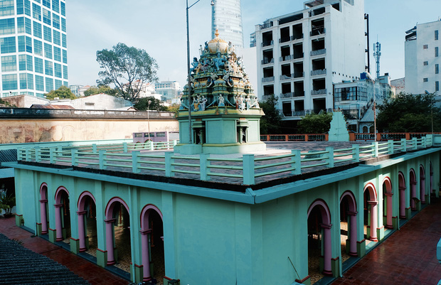 Thanh xuân của đời người trôi qua chớp mắt, nhưng thanh xuân của quán hủ tiếu này thì 70 năm vẫn mê hoặc người Sài Gòn - Ảnh 2.