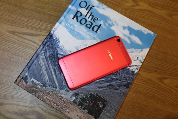 Trên tay OPPO F3 phiên bản Đỏ Đam Mê: màu sắc mới nổi bật, cấu hình và giá không đổi - Ảnh 14.