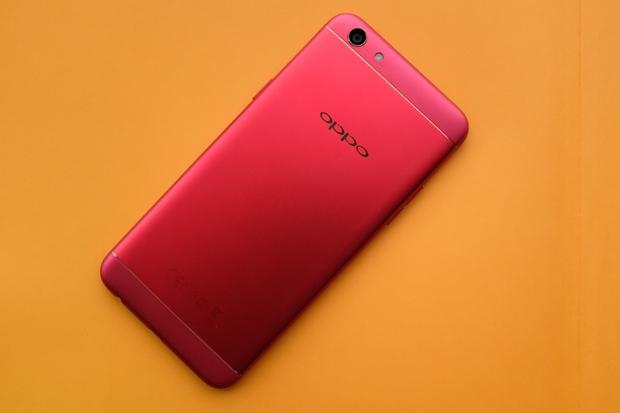 Trên tay OPPO F3 phiên bản Đỏ Đam Mê: màu sắc mới nổi bật, cấu hình và giá không đổi - Ảnh 2.