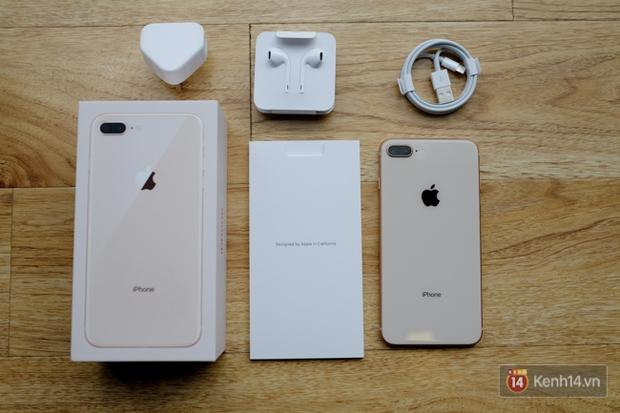 iPhone 8 Plus đầu tiên đã về Việt Nam, đây là những hình ảnh cho thấy nó đẹp sang chảnh thế nào - Ảnh 3.