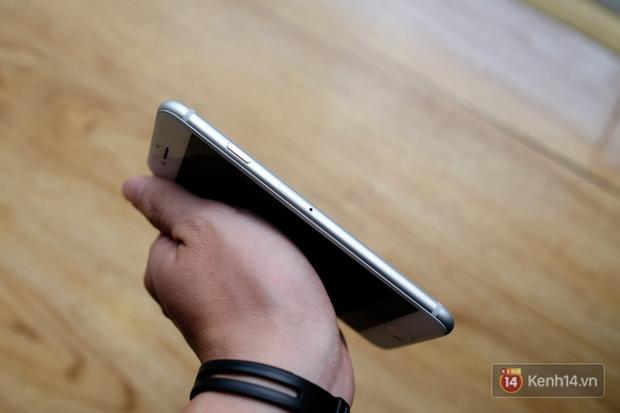 NÓNG: Cận cảnh iPhone 8 đầu tiên tại Việt Nam, giá 20 triệu đồng - Ảnh 7.