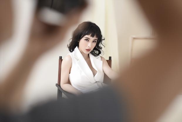 """Angela Phương Trinh không giấu tham vọng muốn thành """"It Girl"""" của làng thời trang Việt - Ảnh 8."""