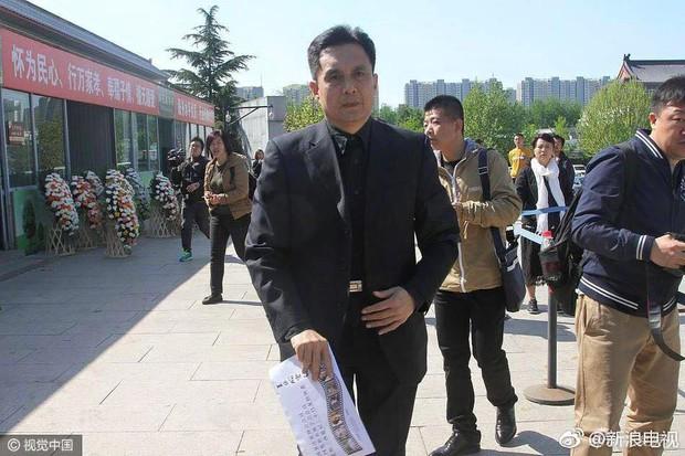 Tôn Ngộ Không, Trư Bát Giới cùng dàn sao Tây Du Ký ngậm ngùi trong tang lễ đạo diễn Dương Khiết - Ảnh 8.