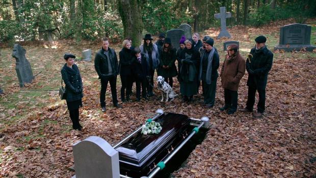 Mốt mới: Livestream đám tang cho bạn bè Facebook cùng xem - Ảnh 5.