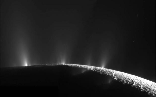 NASA phát trực tiếp cảnh tự sát của tàu thăm dò tỉ đô, và đây là cách để theo dõi - Ảnh 3.