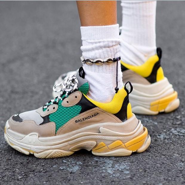 Đây chính là mẫu giày khiến Sơn Tùng và hàng loạt tín đồ thời trang thế giới mê đắm suốt thời gian qua - Ảnh 1.