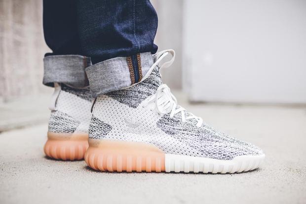 Hé lộ những mẫu sneaker rực rỡ mới ra mắt trung tuần tháng 6 - Ảnh 12.