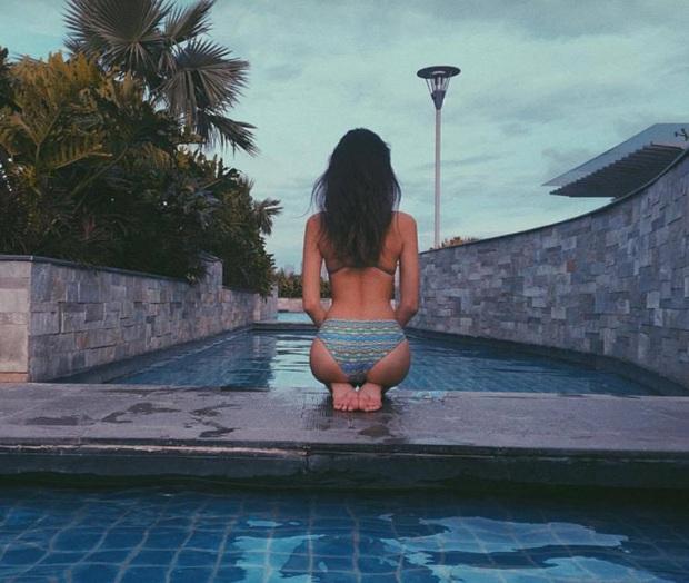 Gái xinh Instagram mê mẩn phong cách tạo dáng Bambi Pose khi diện bikini - Ảnh 9.