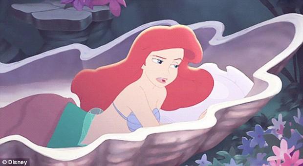 Không biến thành nàng tiên cá được thì mua giường vỏ sò sang chảnh cũng tạm được - Ảnh 2.