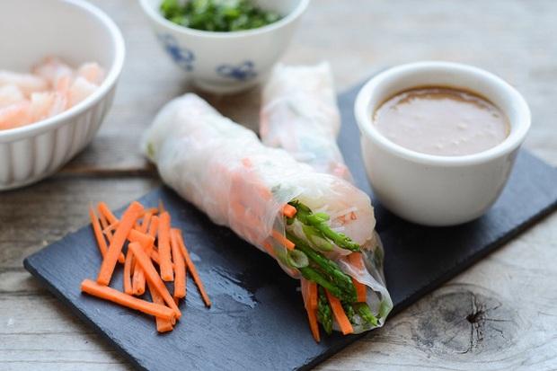 Phở và gỏi cuốn Việt Nam lọt vào top 50 món ăn ngon nhất thế giới do CNN bình chọn 4