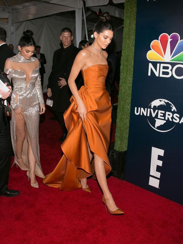 Quê vì không được vào tiệc, Kendall Jenner đổ lỗi cho cô em Kylie? - Ảnh 6.