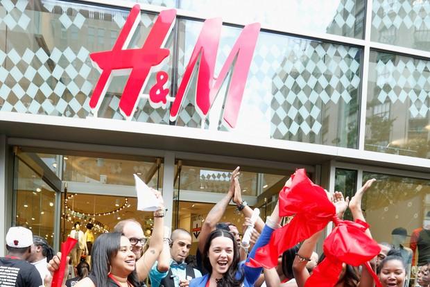 H&M sắp về Việt Nam rồi nhưng không phải ai cũng nắm được 7 bí mật khi mua đồ của hãng - Ảnh 4.