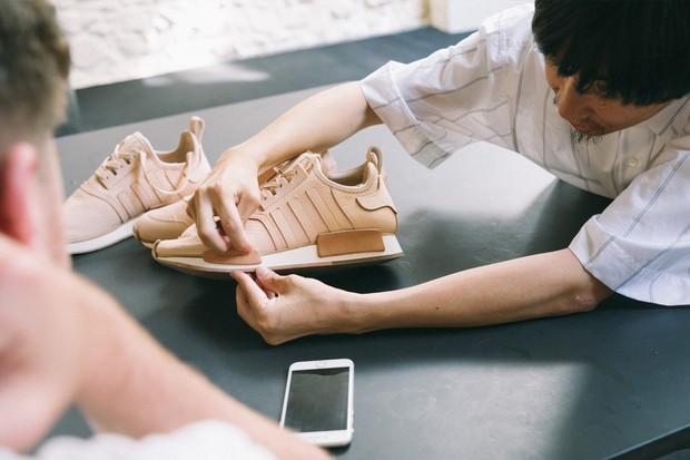 Hender Scheme x adidas Originals: Dòng collab với 3 thiết kế giày trứ danh khiến người ta muốn mua không cần suy nghĩ - Ảnh 1.