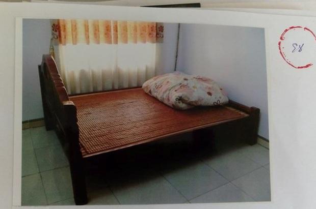 Xét xử cụ ông 79 tuổi hiếp dâm bé gái 3 tuổi tại nhà ở Hà Nội - Ảnh 2.