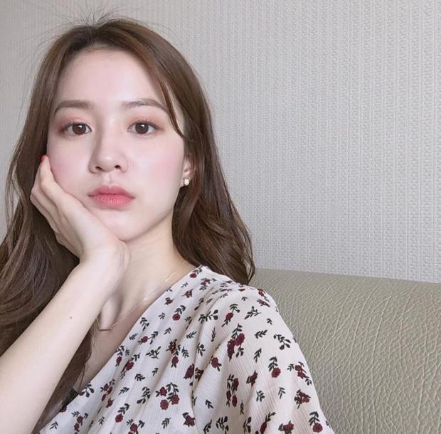 Muốn makeup trong suốt chuẩn như gái Hàn, bạn hãy bỏ túi ngay 4 tips này - Ảnh 2.
