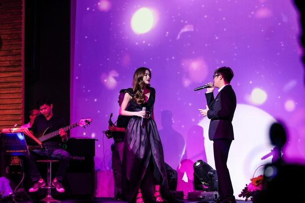 Hồ Ngọc Hà - Giang Hồng Ngọc - Bùi Anh Tuấn khiến khán giả nổi da gà khi lần đầu tiên hoà giọng cùng nhau - Ảnh 11.