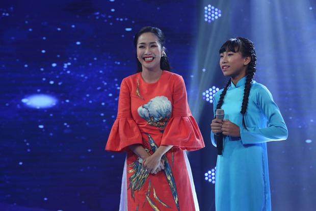 Cô bé Nghệ An khiến mẹ bật khóc trên truyền hình, khán giả bật dậy vỗ tay - Ảnh 11.