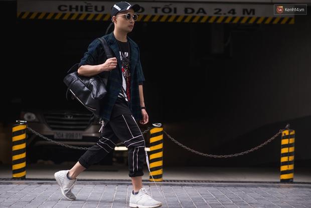 Ngắm street style tươi roi rói của giới trẻ 2 miền, bạn sẽ thấy thích diện đồ màu mè ngay lập tức - Ảnh 10.