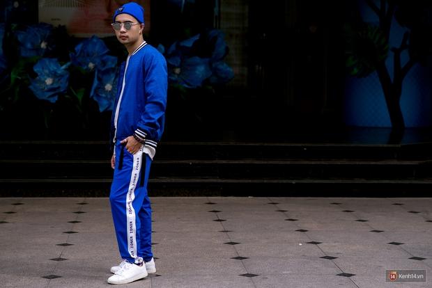 Không còn lậm đen trắng, street style của giới trẻ Việt tuần qua bỗng màu mè và chói lọi hơn bao giờ hết - Ảnh 14.