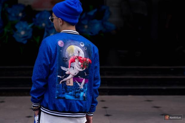 Không còn lậm đen trắng, street style của giới trẻ Việt tuần qua bỗng màu mè và chói lọi hơn bao giờ hết - Ảnh 15.