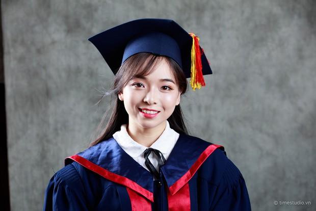 Nữ sinh Hà Nội tốt nghiệp xuất sắc khoa Triết học với khóa luận 10 điểm - Ảnh 1.