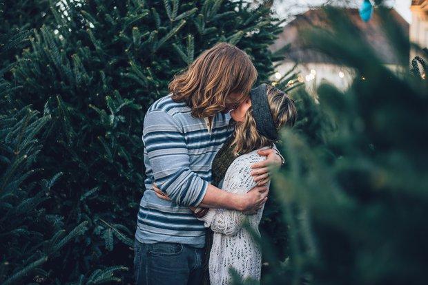 Những kẻ yêu đơn phương chẳng bao giờ chịu hiểu, chờ đợi không đem người đó đến bên cạnh mình - Ảnh 1.