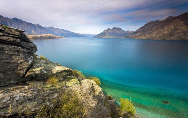 Hồ không đáy Goluboe - bí ẩn chết chóc đáng sợ bậc nhất hành tinh - Ảnh 1.