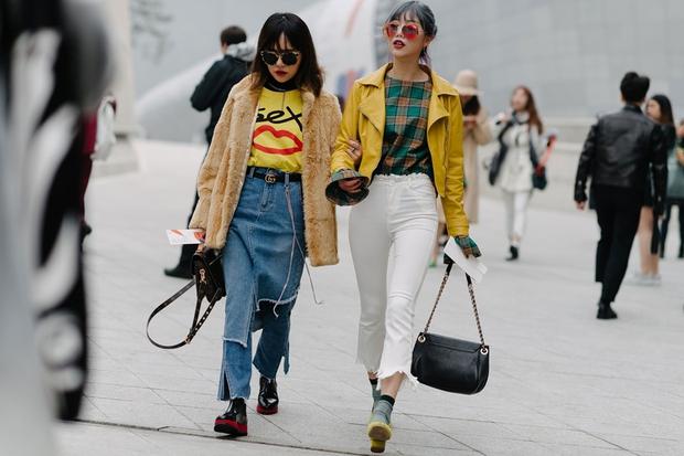 Giới trẻ bị ám ảnh bởi xu hướng, thủ phủ thời trang châu Á Seoul biến thành thiên đường hàng nhái - Ảnh 4.