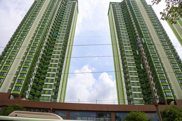 Cao ốc Thuận Kiều Plaza bỏ hoang bỗng lột xác với màu xanh lá nổi bật tại trung tâm Sài Gòn - Ảnh 7.