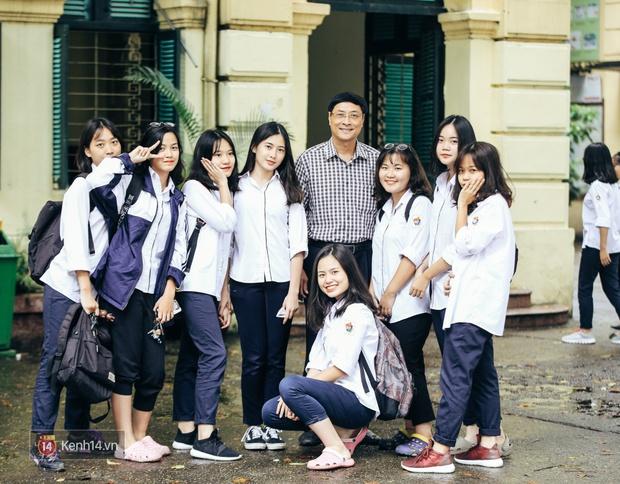Chỉ còn 1 năm cuối ở Việt Đức nữa thôi, thầy Bình sẽ luôn được học sinh nhớ đến là thầy hiệu trưởng vui vẻ nhất Hà Nội! - Ảnh 5.