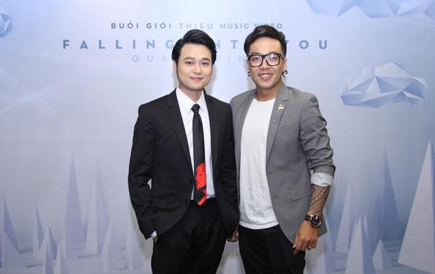 Lý Quí Khánh mang hoa tự cắm đến mừng Quang Vinh ra mắt MV mới - Ảnh 7.