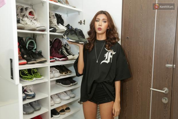 Clip: Đầu giày Minh Tú giải thích vì sao gia cảnh khó khăn mà vẫn bỏ cả ngàn đô mua sneakers - Ảnh 7.