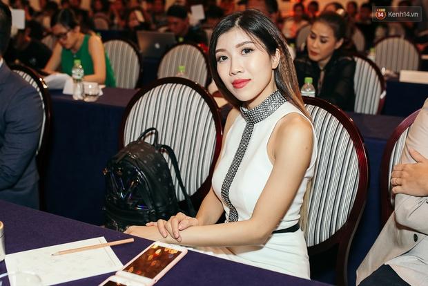 Noo Phước Thịnh bảnh bao, thân mật ôm eo Thu Minh trong họp báo quy tụ dàn sao Việt! - Ảnh 12.