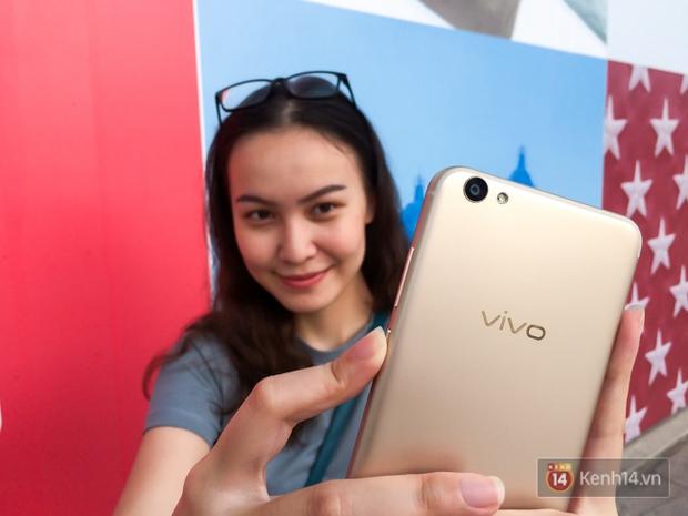 Đánh giá Vivo V5s: Thiết kế đẹp, cấu hình ổn, camera selfie 20 MP ấn tượng - Ảnh 9.