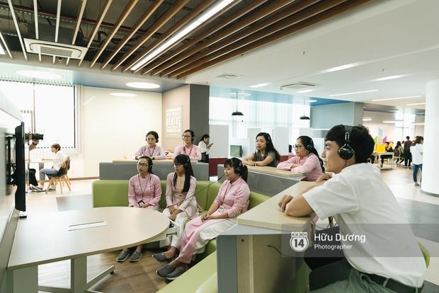 Sinh viên có thể xem phim ngay tại thư viện