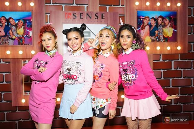 Kẹt show diễn, Đông Nhi tranh thủ đến chúc mừng gà cưng Lip B ra mắt MV mới - Ảnh 2.