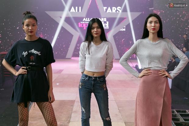 Hồ Ngọc Hà luyện tập hết mình trên sân khấu Chung kết Vietnams Next Top Model - Ảnh 18.
