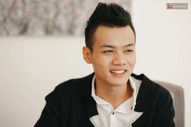Chàng trai hát rong của The Voice: Bố từng phải bán xe máy, lấy 5 triệu cho mình vào Sài Gòn thi hát - Ảnh 8.