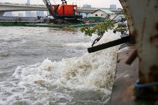 Cận cảnh quái vật thông minh ở Sài Gòn có thể hút sạch nước trên đường ngập chỉ sau 15 phút - Ảnh 15.