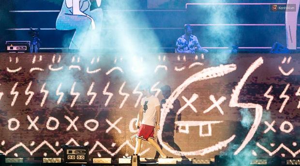 Đêm diễn The Chainsmokers: Chưa bao giờ Việt Nam có một show EDM xịn đét đến như vậy! - Ảnh 10.