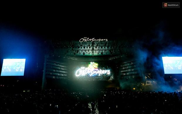 Đêm diễn The Chainsmokers: Chưa bao giờ Việt Nam có một show EDM xịn đét đến như vậy! - Ảnh 13.