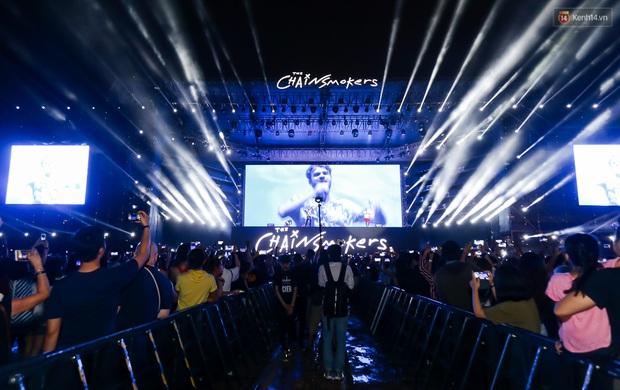 Đêm diễn The Chainsmokers: Chưa bao giờ Việt Nam có một show EDM xịn đét đến như vậy! - Ảnh 20.