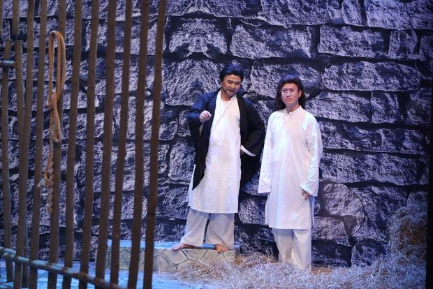Jun 365 cởi áo ngay trên sân khấu Ơn giời - Ảnh 13.