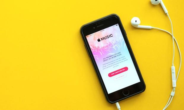 Ai hay nghe nhạc nhiều trên iPhone, hãy mở ngay tính năng này để bảo vệ tai của bạn - Ảnh 1.